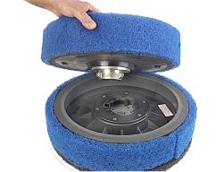 Scrub Jay 4 Baseboard cleaning attachment