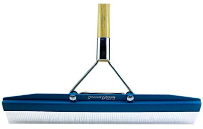 Carpet Rake - Grandi Groom